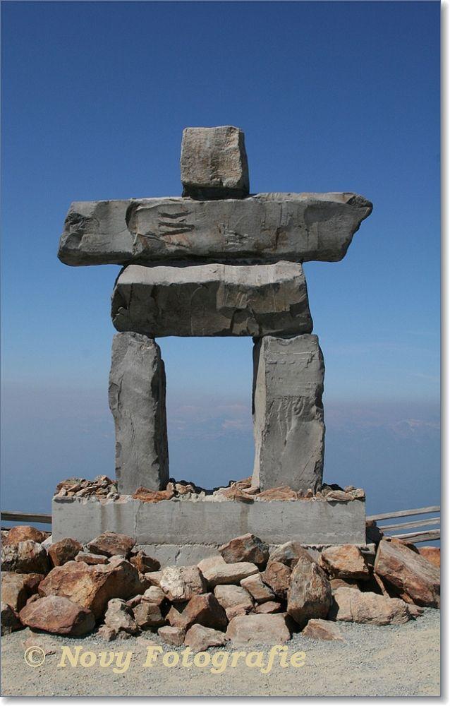 Ilanaaq - Olympisch beeld van de Olympische Spelen 2010 Vancouver. Het beeld staat op Whistler Mountain