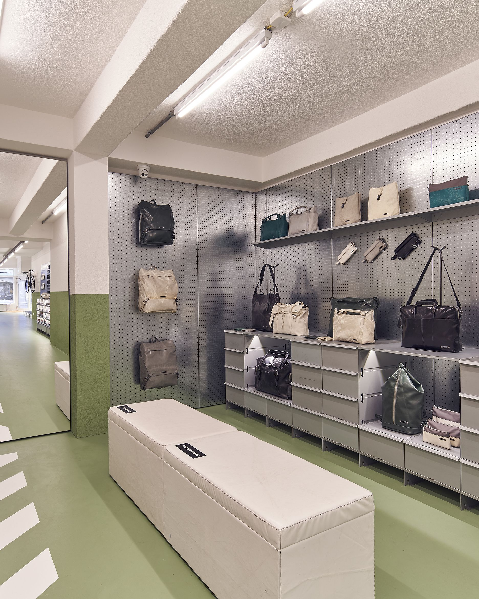 Interior Design Düsseldorf Interior Design Of Our Freitag Store In Düsseldorf By ...