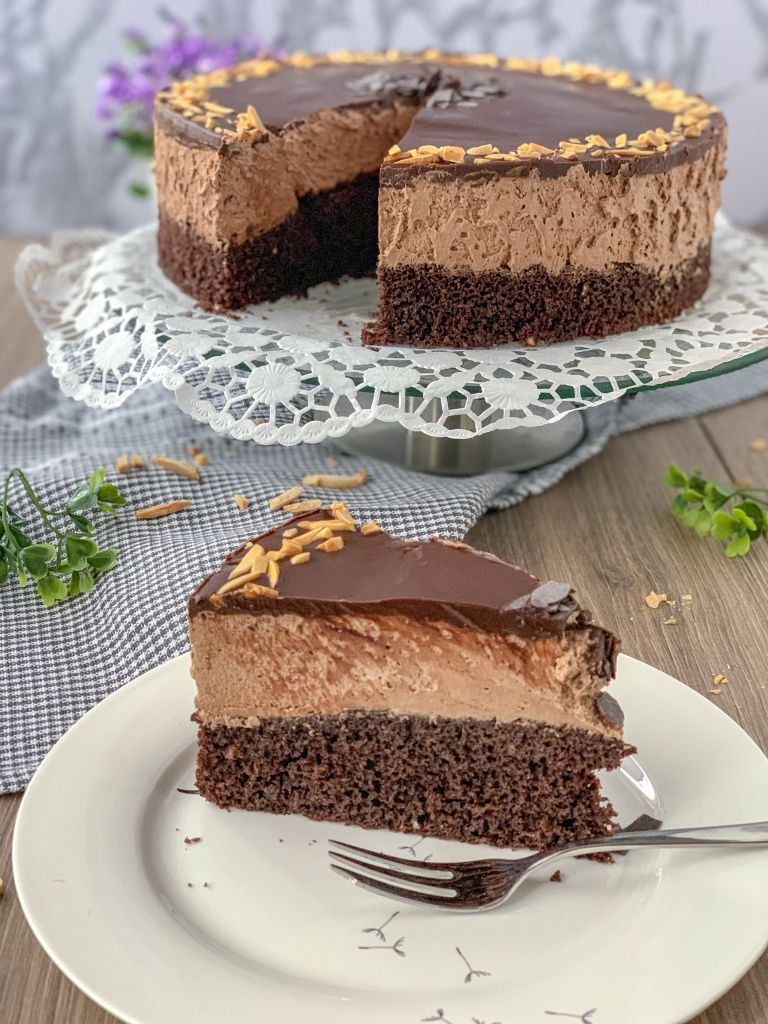 Mousse au chocolat Torte - SaltSugarLove