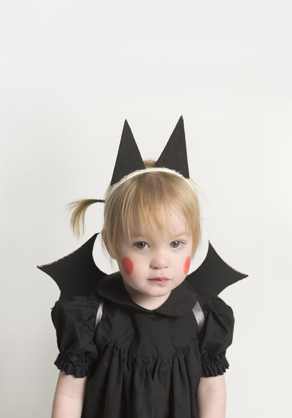 Baby Bat Costume with Cardboard Wings and Ears  sc 1 st  Pinterest & Baby Bat Costume with Cardboard Wings and Ears (Mermag) | Pinterest ...