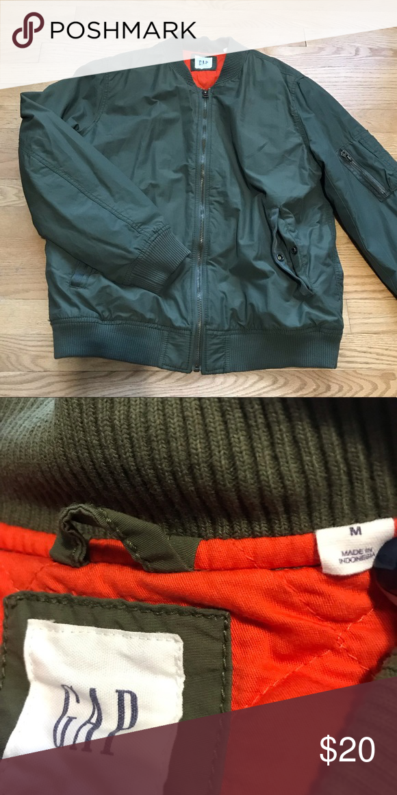 f123852096d GAP olive green quilted jacket Orange lining. Excellent condition GAP  Jackets   Coats Bomber