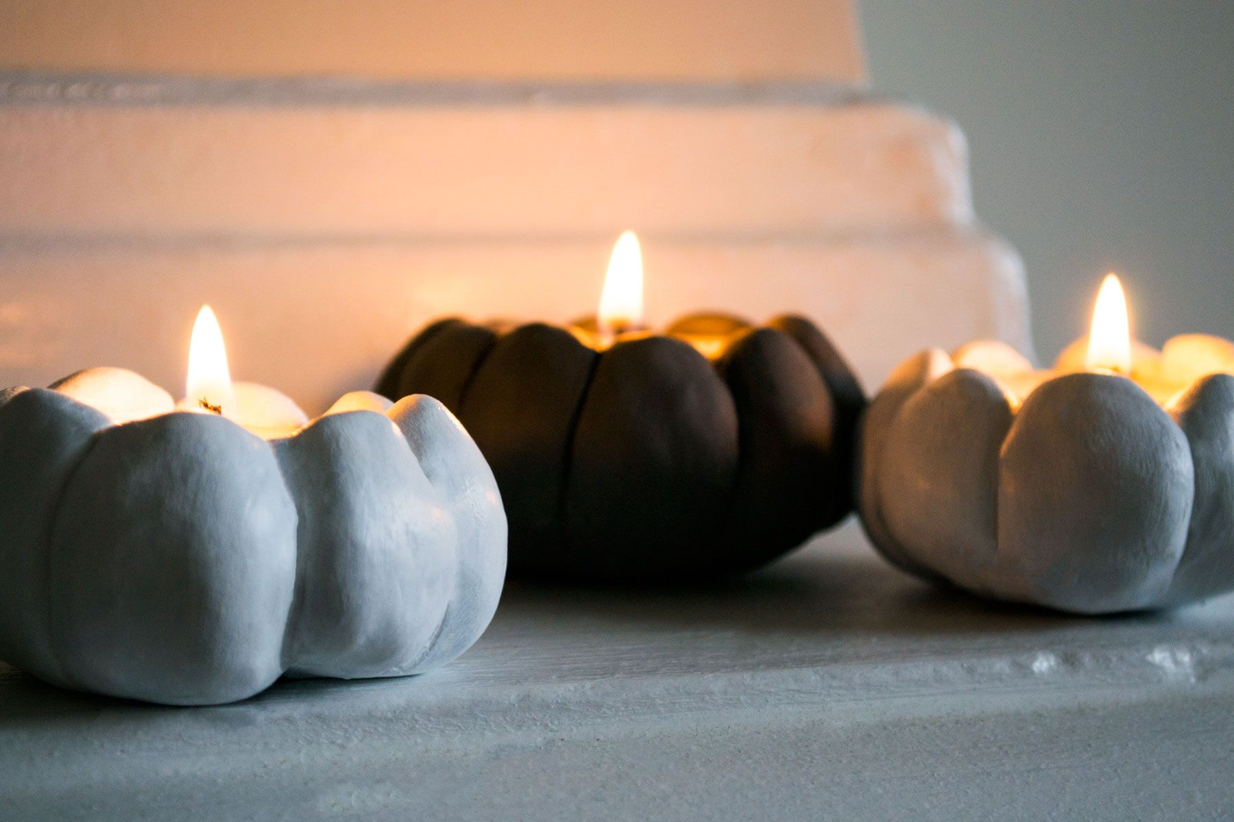 DIY air dry clay pumpkin candle holdes for fall diy