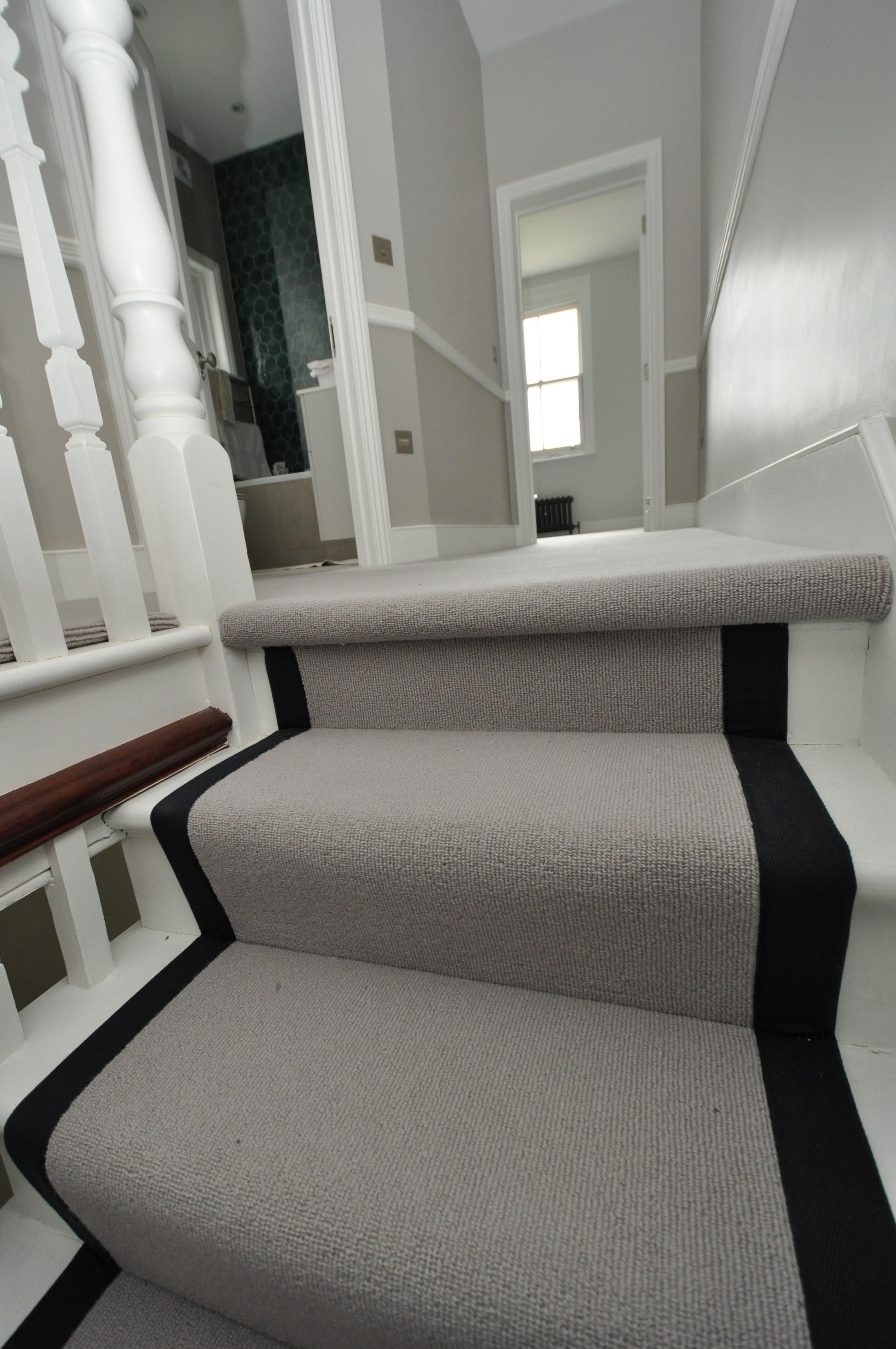 4 041 Wool Stair Runners Bowloom Wool Carpet Fitted Stair Runners With Binding Tape In 2020 Stairs Hallway Decorating Staircase Lighting Ideas