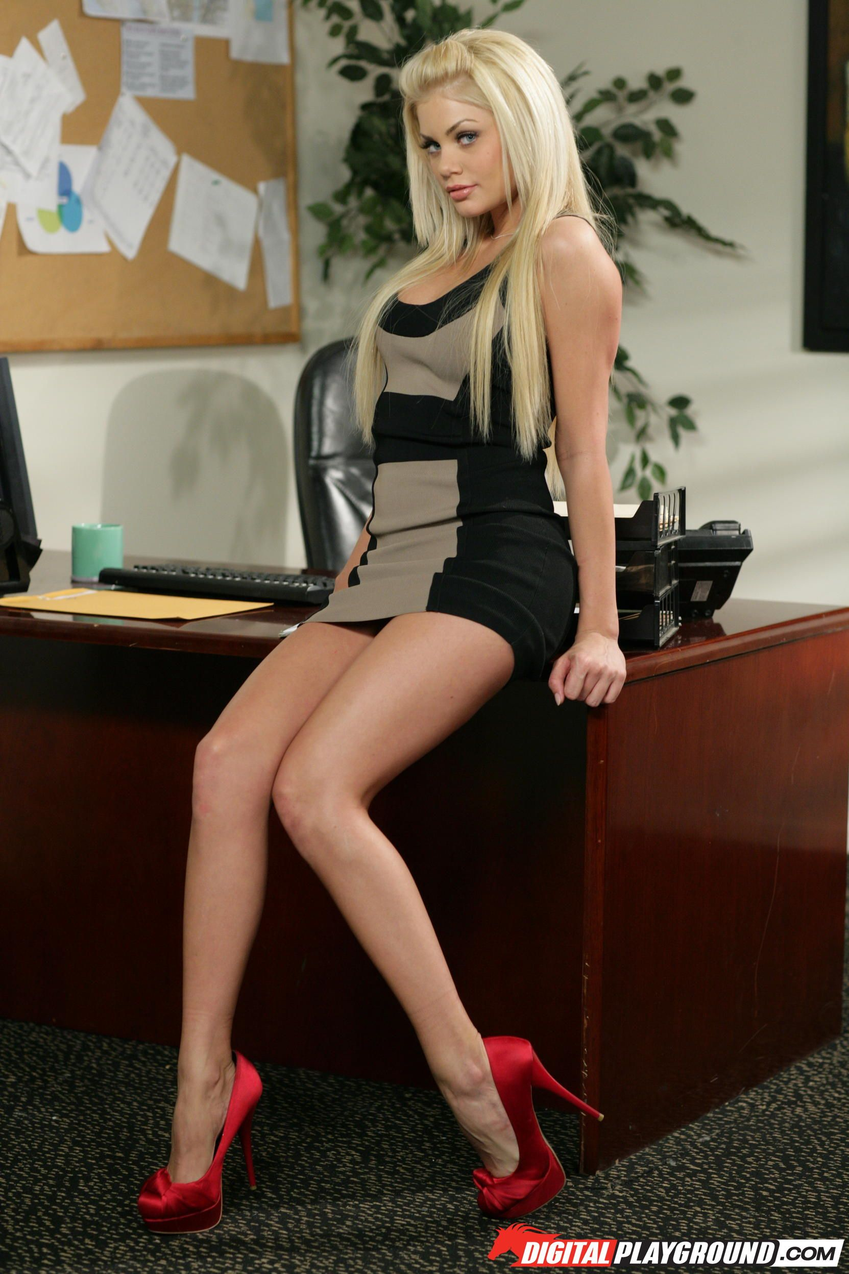 Riley steele chic
