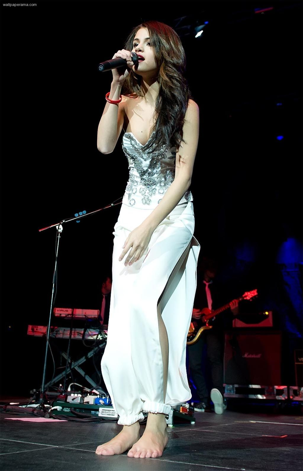 Get the best deal on Selena Gomez tickets by comparing tickets from all over the web: www.rukkus.com/selena-gomez-tickets?ref=pinterest