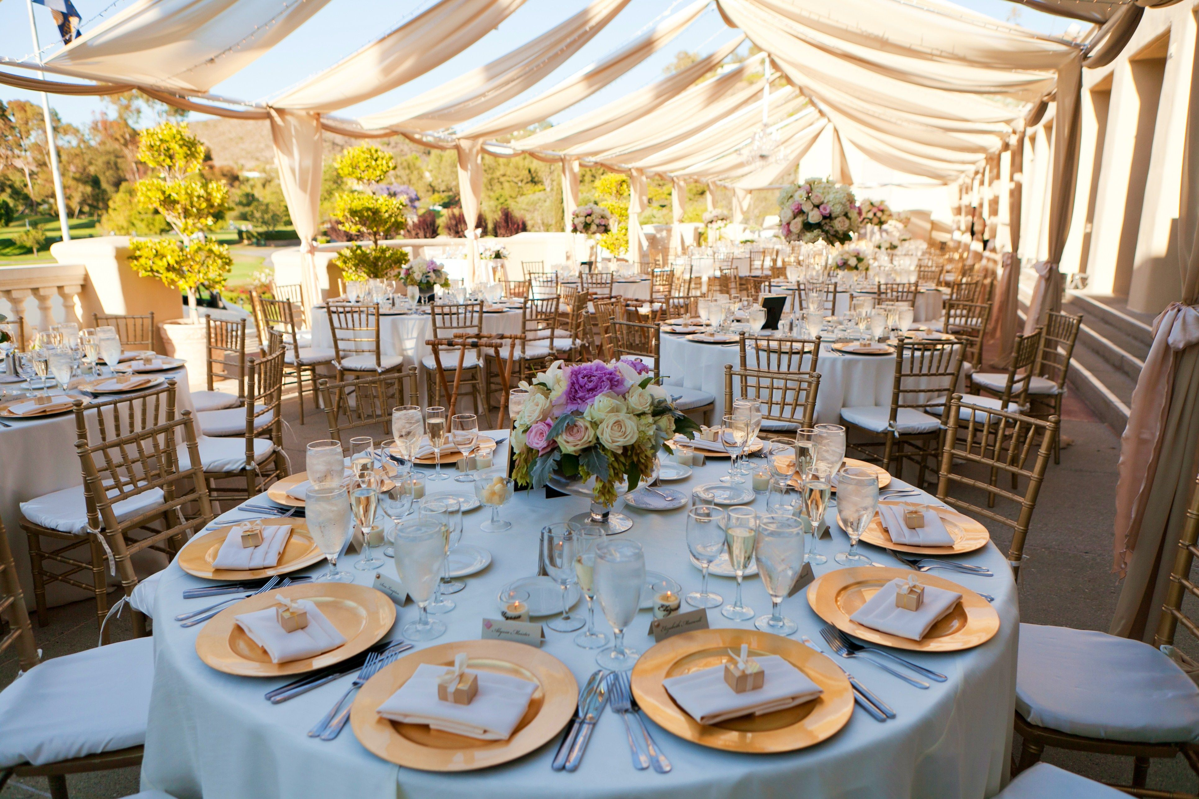 beach weddings in orange county ca%0A Replace the traditional board meeting with an exhilarating round of golf   the usual coffee break with a lesson at the practice facility  a perfect  u