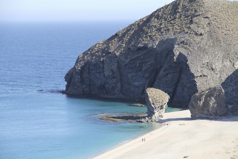 Los 20 Lugares Más Bonitos De Andalucía Mejores Playas De Andalucia Playas Andalucia Playa De Los Muertos