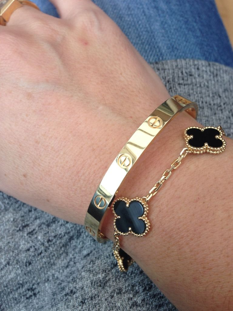 Van Cleef And Arpel Onyx And Yellow Gold Cartier Love