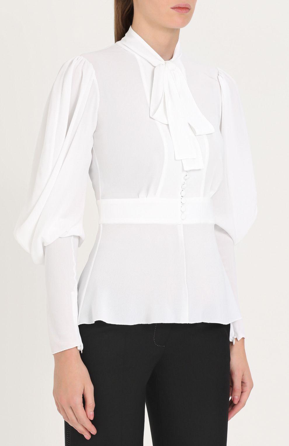 29e6f70e8ac Женская белая приталенная блуза с воротником аскот Dolce   Gabbana ...