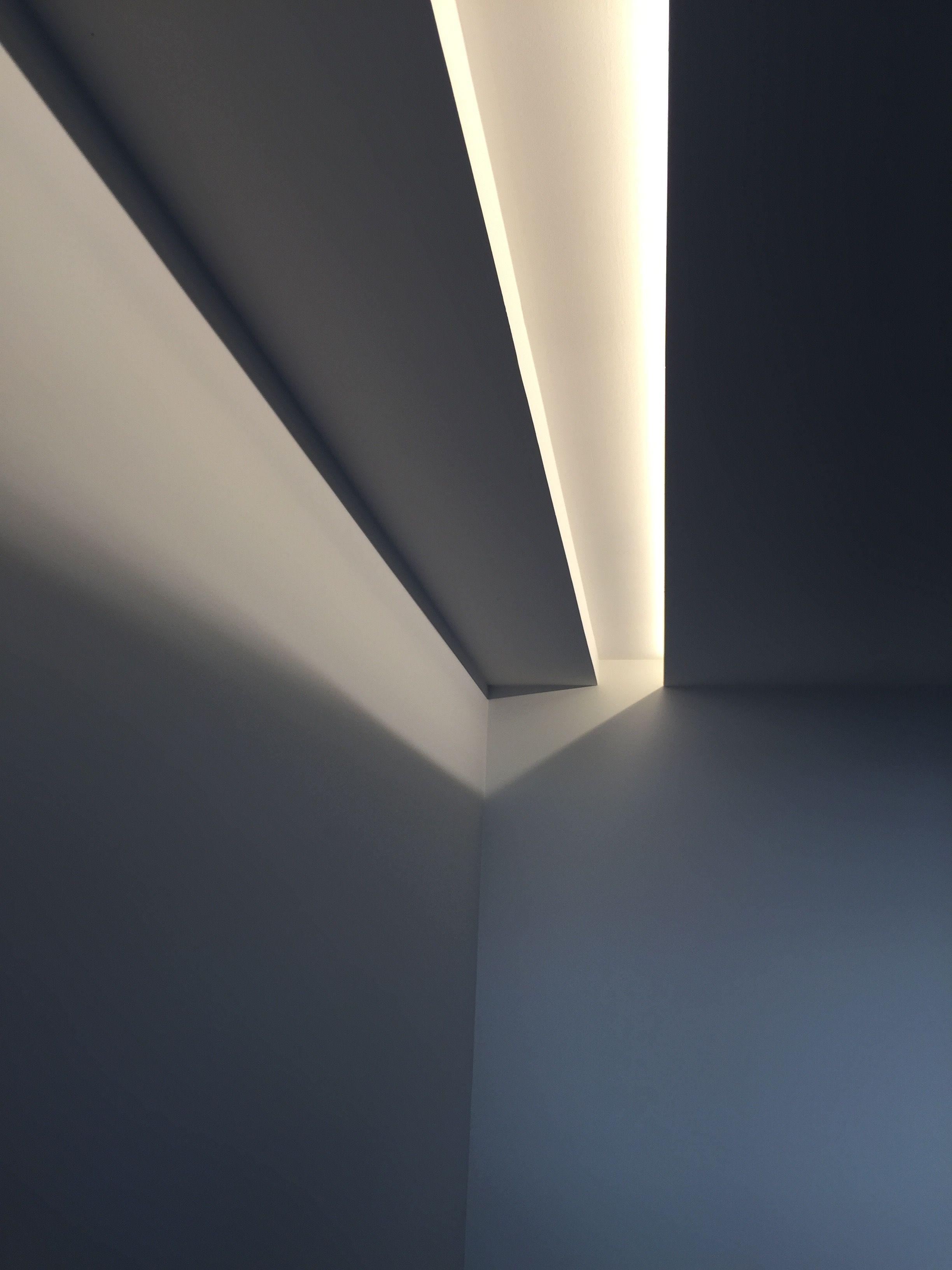 Iluminaci n led mediante luz indirecta con foseado en pladur krea interiorismo pinterest - Iluminacion indirecta led ...