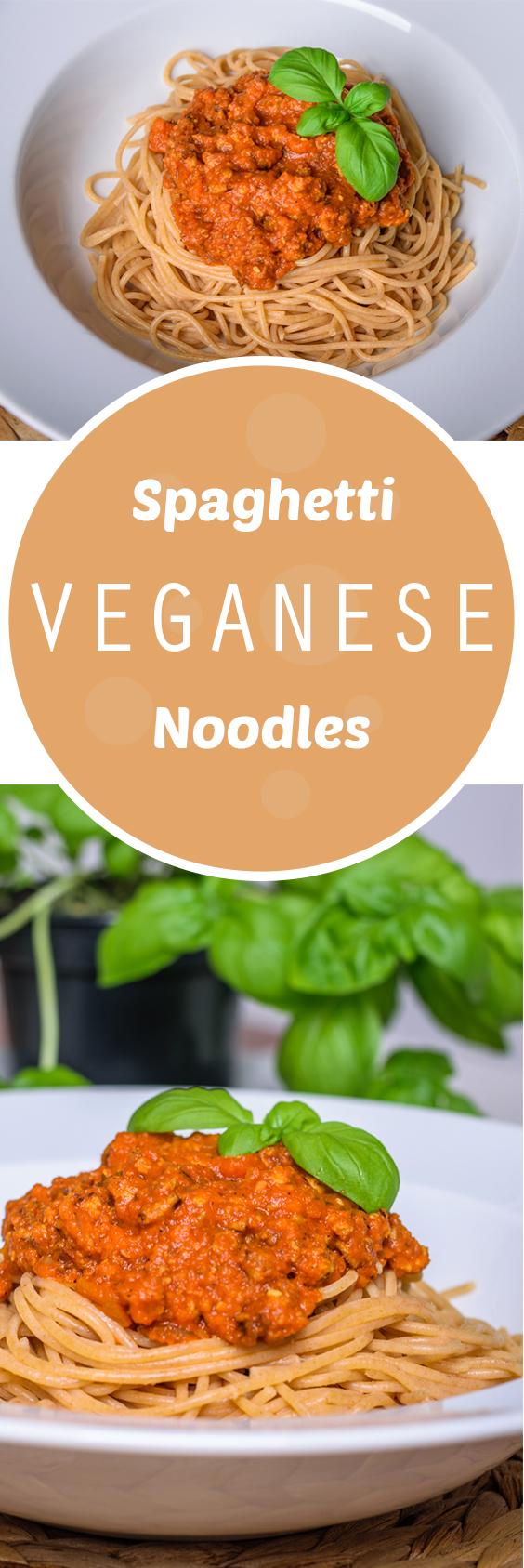 Spaghetti veganese - better than bolognese! Find the whole recipe at www.eat-vegan.de #veganese #tofu #noodles #spaghetti #veganbolognese #pasta