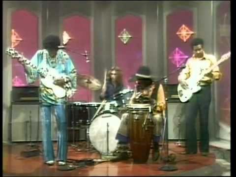 jimi hendrix machine gun dick cavett show 1969 music music axis bold as love music videos. Black Bedroom Furniture Sets. Home Design Ideas