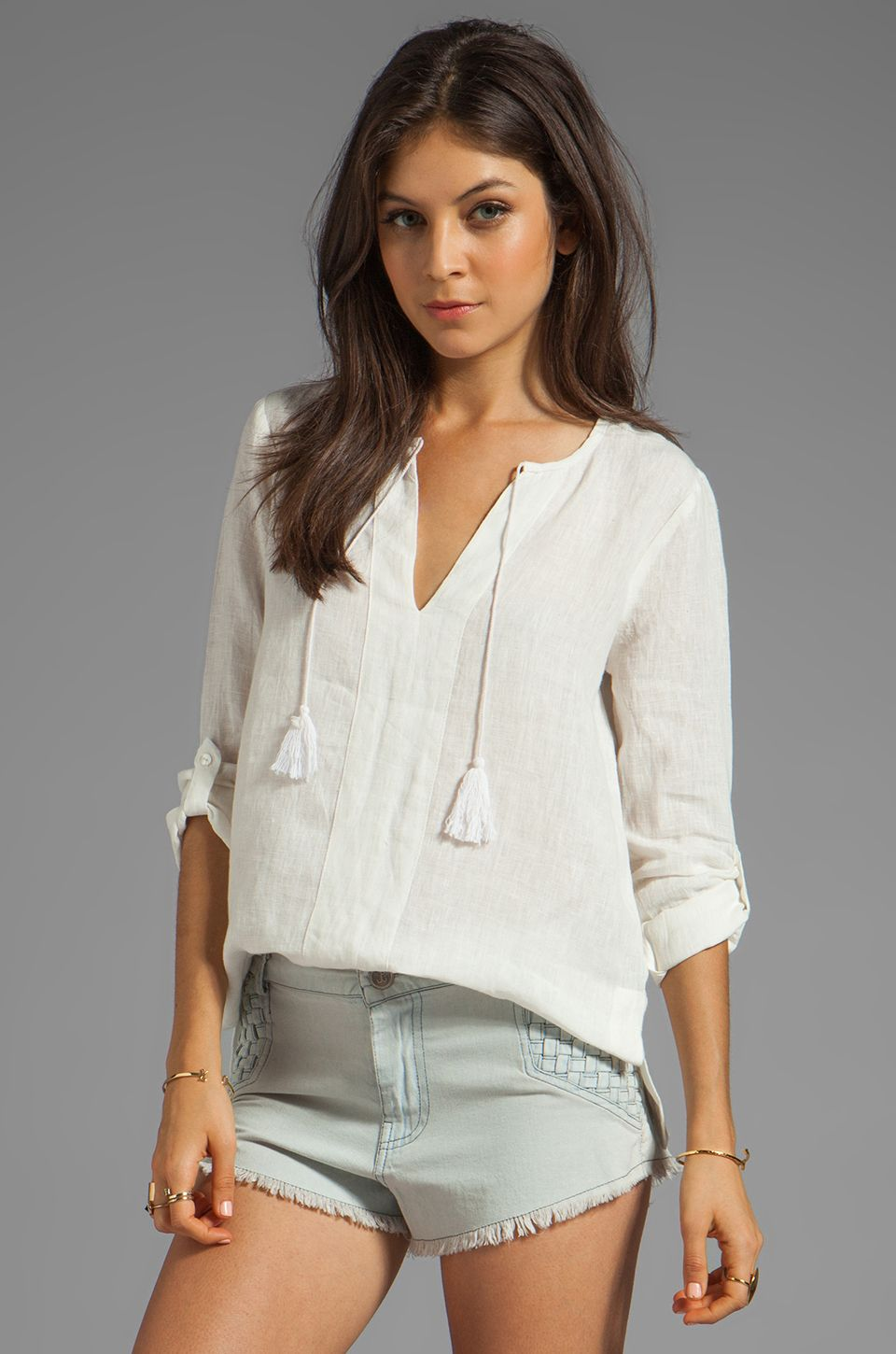 #REVOLVEclothing love this shirt so glad I got it! Cute outfit idea