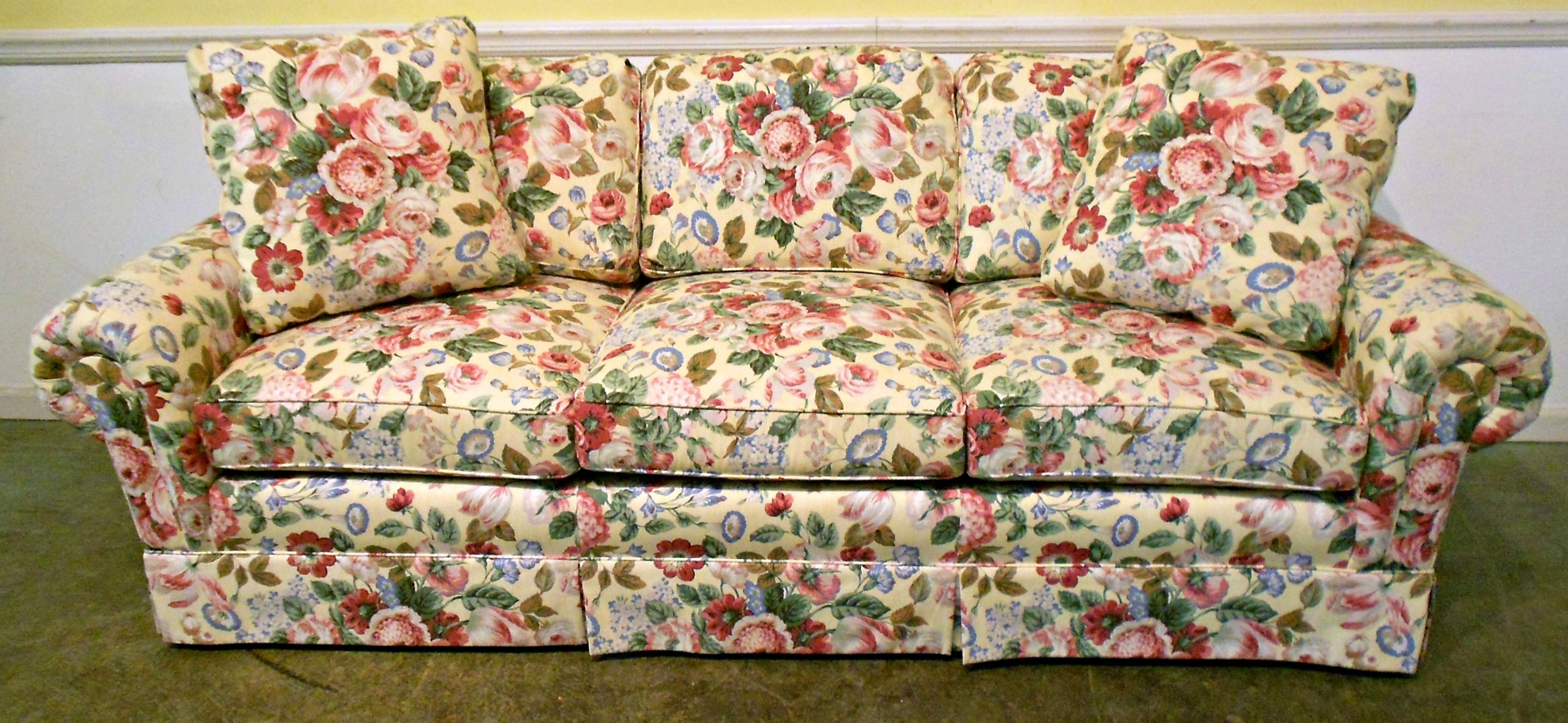 Fl Print Fabric Sofas Https Wp Me P8owwu 8pc