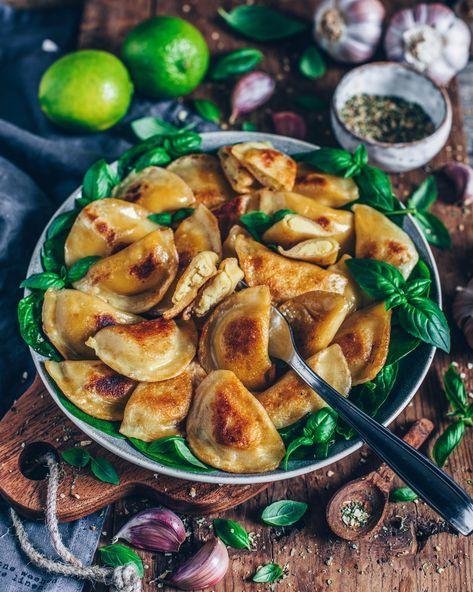 Vegane Piroggen mit Pilz-Füllung – Bianca Zapatka   Rezepte