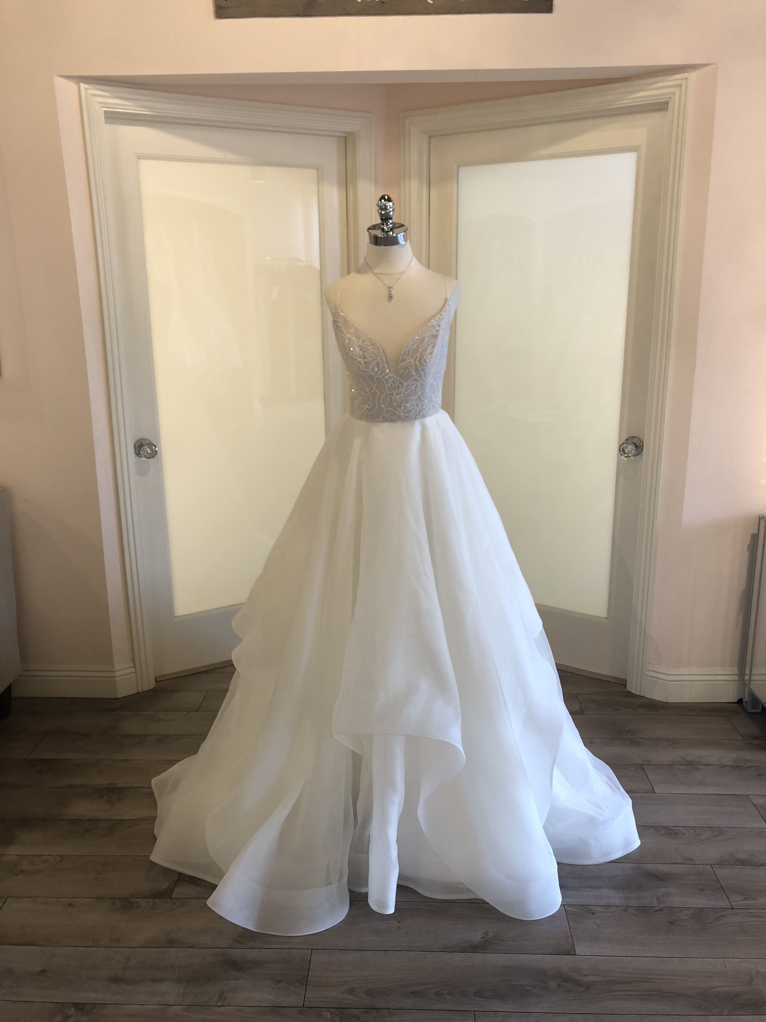 Used wedding dresses in michigan  Blush by Hayley Paige Fall  Perri Wedding Gown  Ballgown with