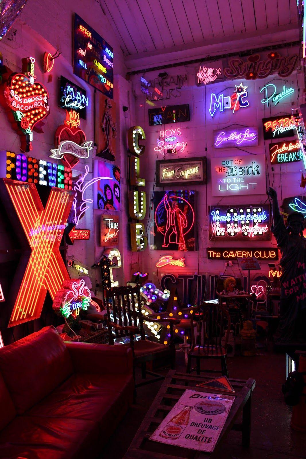 God S Own Junkyard Neon Wallpaper Neon Lights Bedroom Neon