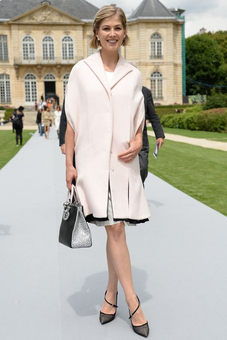Rosamund Pike. Christian Dior | Fall 2014 Couture Collection | Style.com