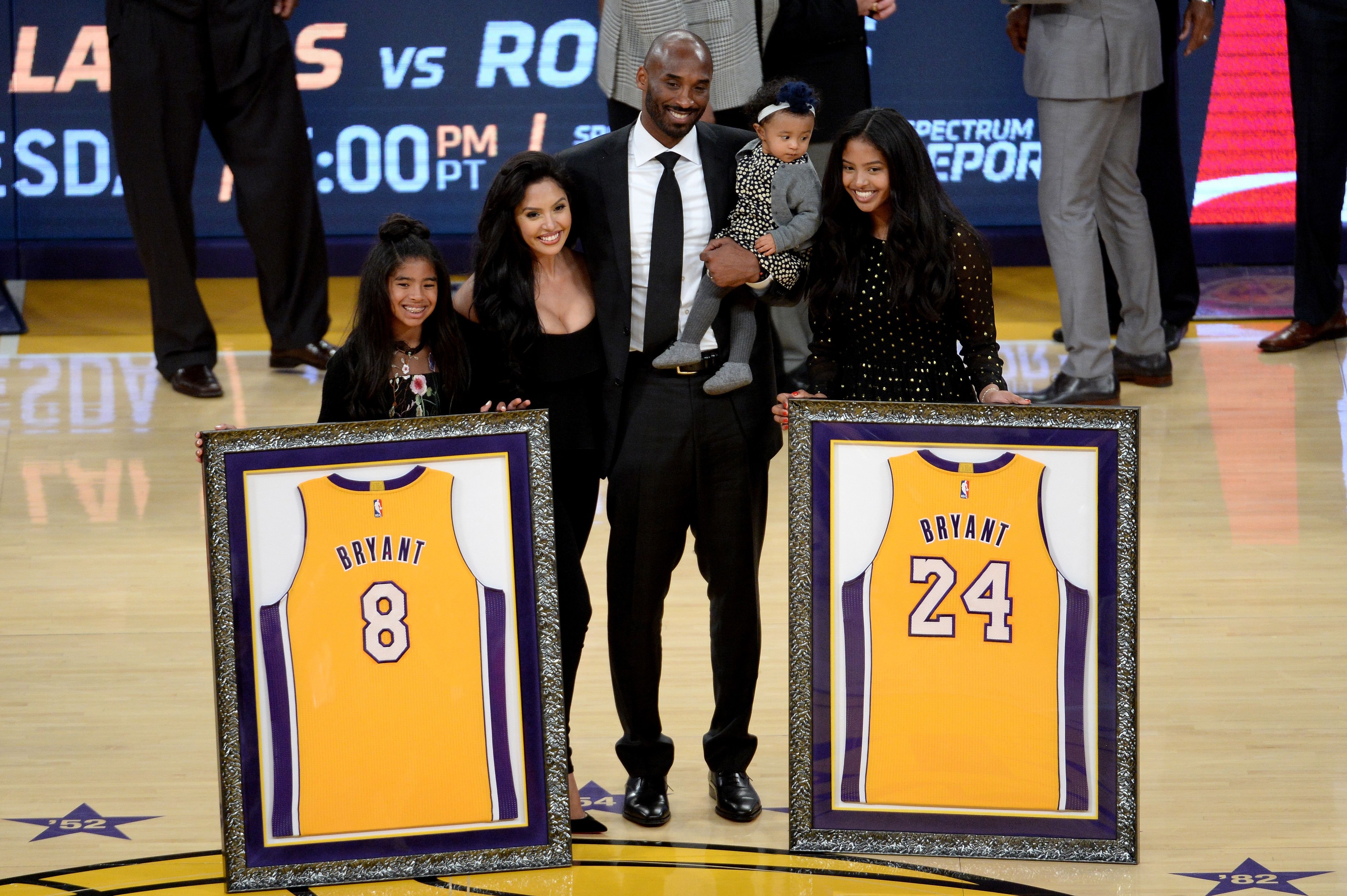 Kobe Bryant Brings His Whole Family Including Baby Bianka To Jersey Retirement Ceremony Vanessa Bryant Kobe Bryant Family Kobe Bryant