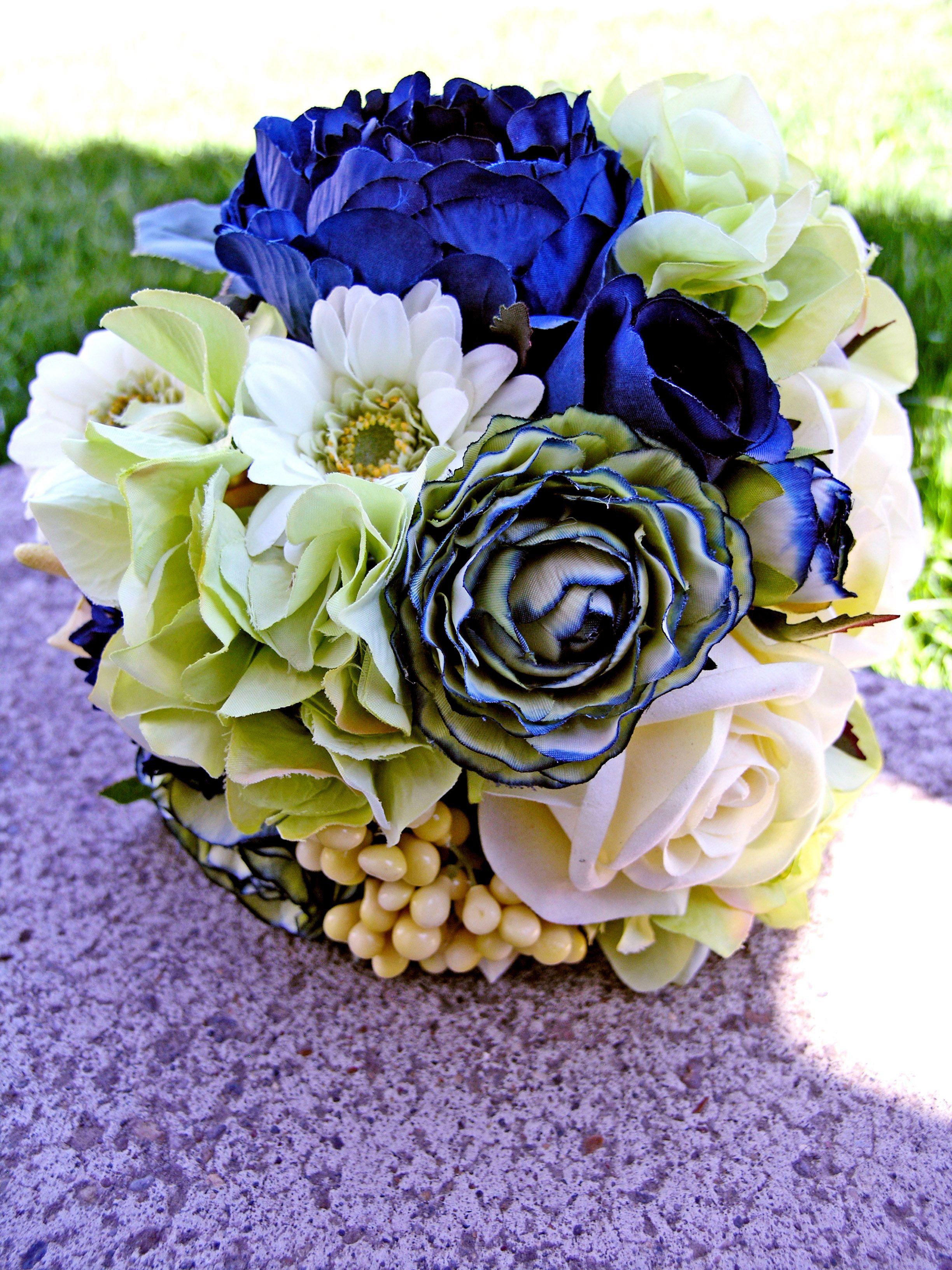 Royal blue blooms bouquet inspiration pinterest bridal bouquets royal blue blooms bouquet inspiration wedding weddingflowers izmirmasajfo