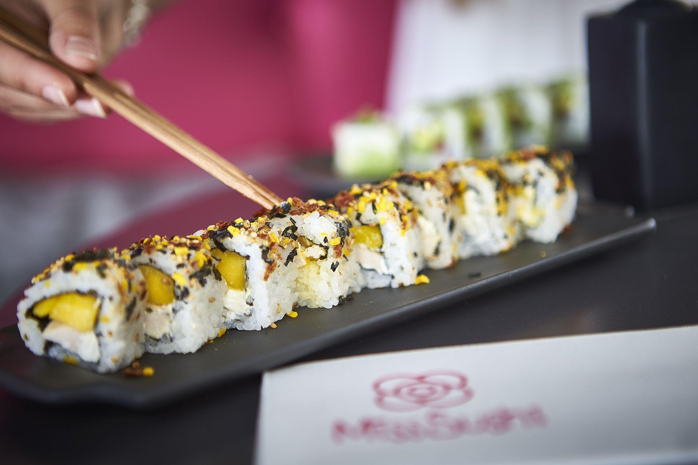 Descubre Combinaciones Unicas De Sushi Como Nuestros California