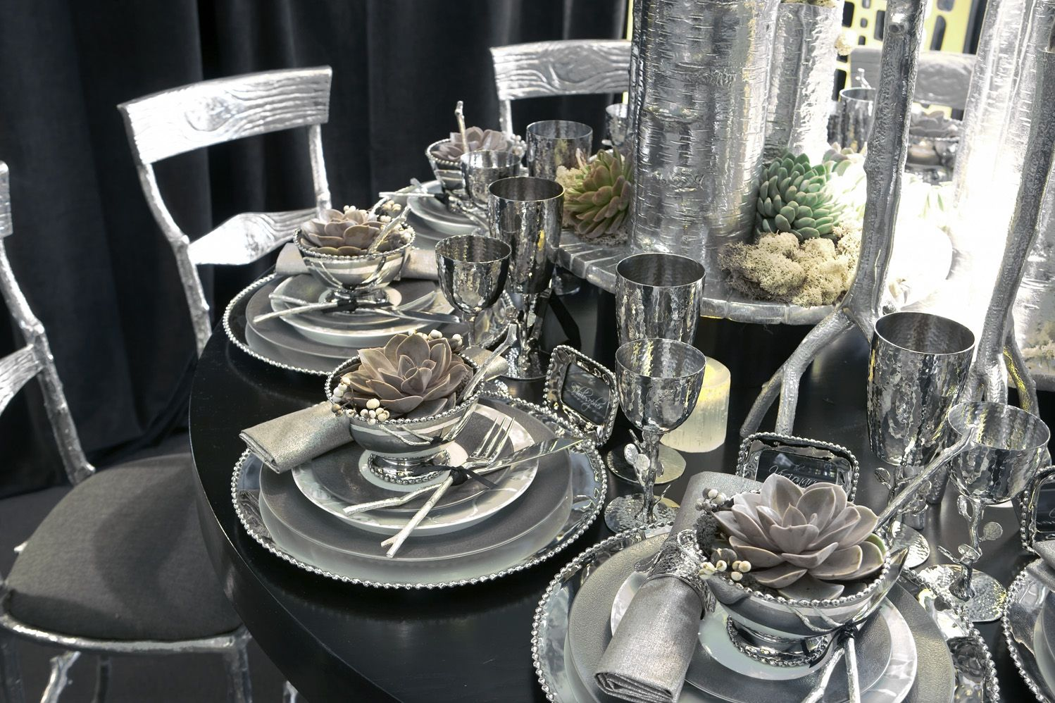 Michael Aram Table Designed For Geoffrey Zakarian At Diffa National National National Dinning By Design Event Elegant Home Decor Table Design Silverware Set