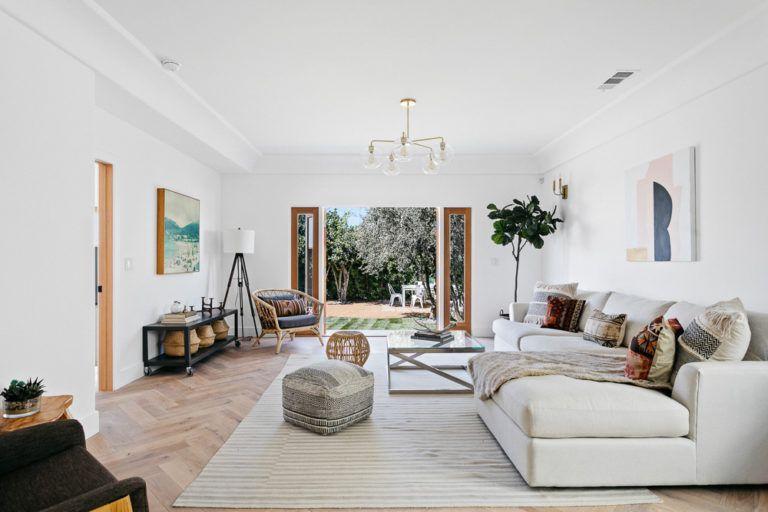 Luxury Spanish Villa By Beau Casa In Jefferson Park Is A Dream Come True In 2020 Spanish Villas Home Jefferson Park