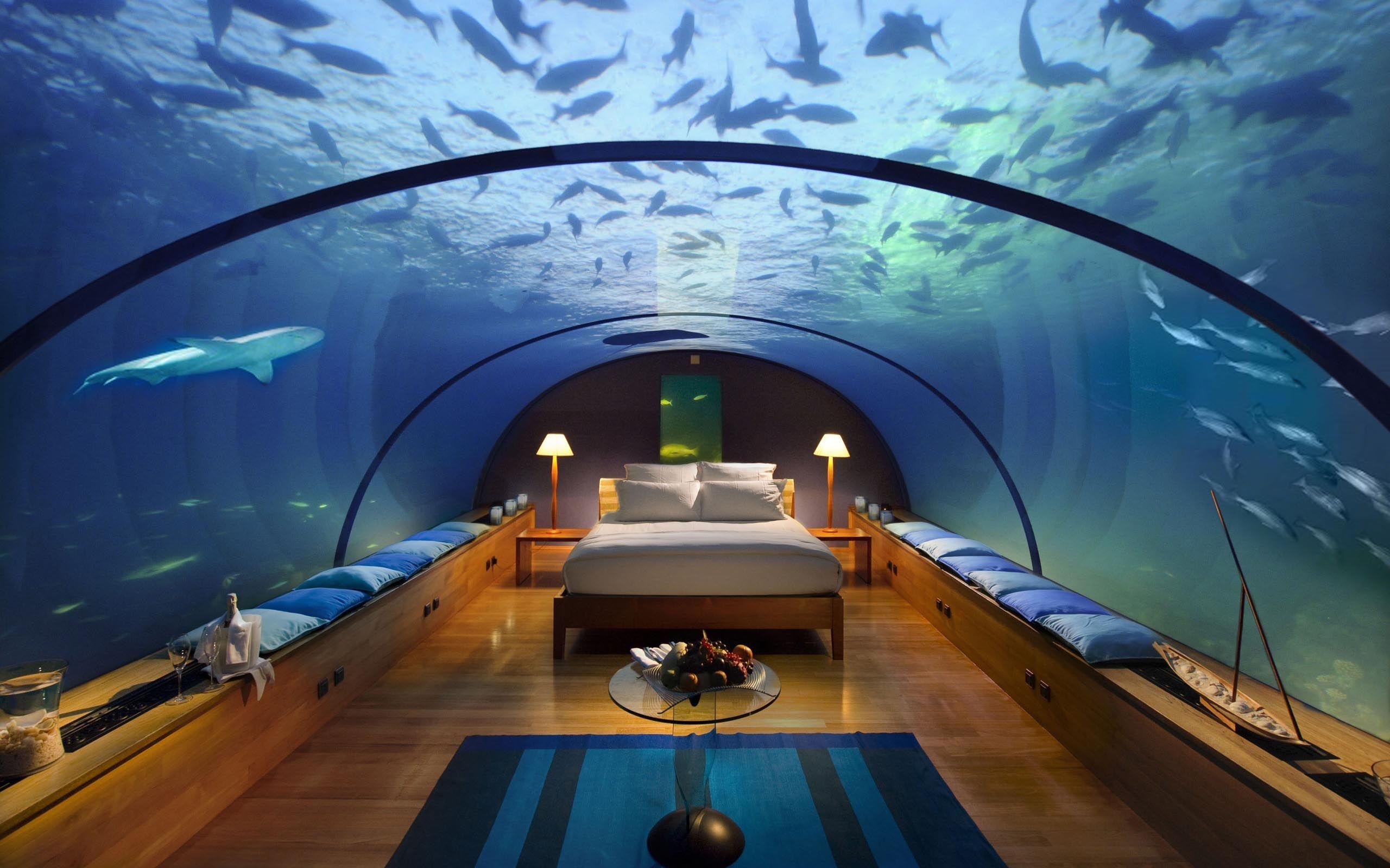 you can hire underwater suites in burj al arab dubai with