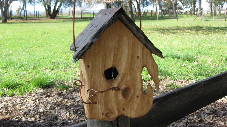 Birdhouse Rustic Slate Roof Sculpted O O A K Etsy Birdhouses Rustic Bird Houses Slate Roof