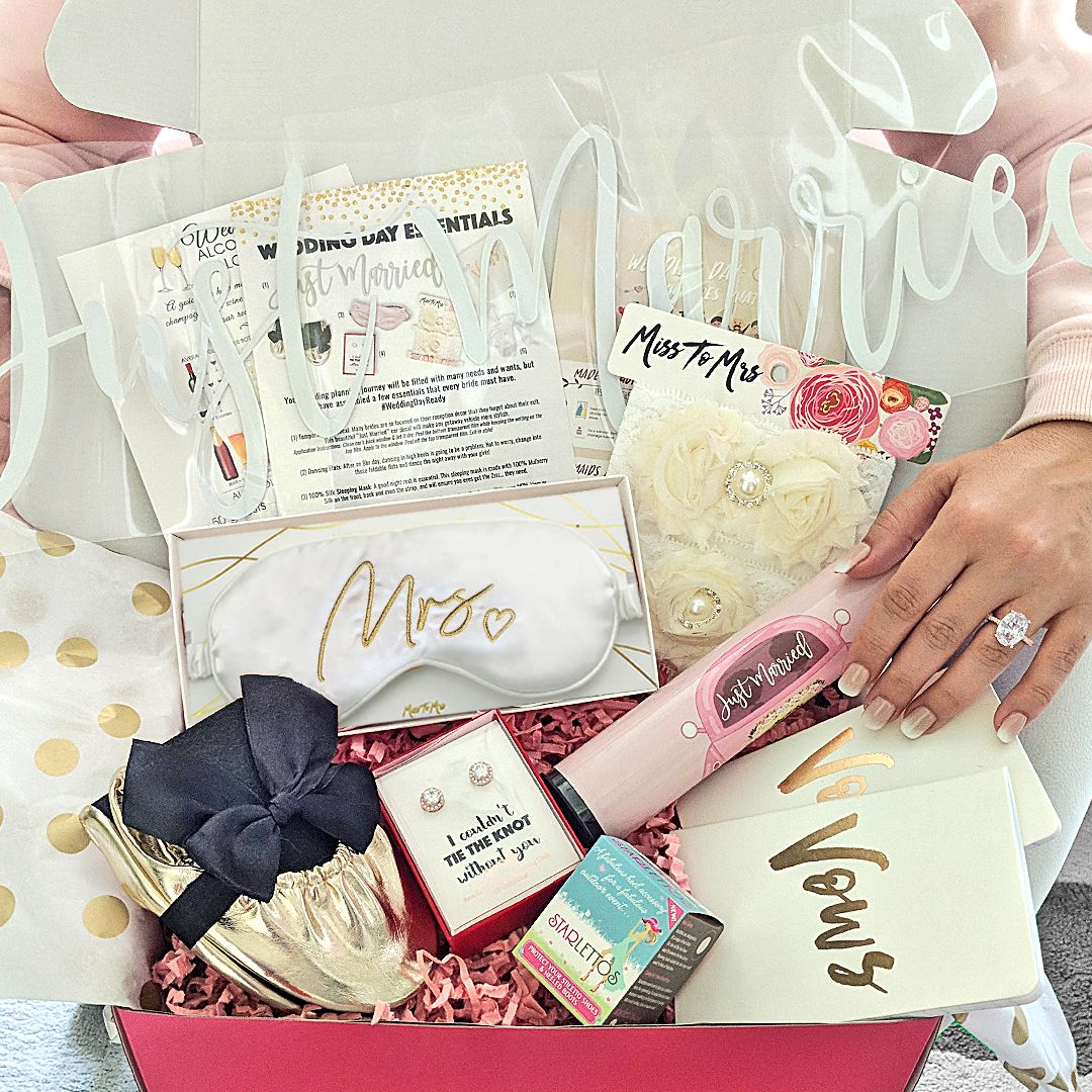 Best Subscription Boxes 2020.Miss To Mrs Bridal Box Subscription Plans For 2019 2020