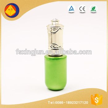 Best selling products beautiful round 15ml green nail polish glass bottle with engraved cap