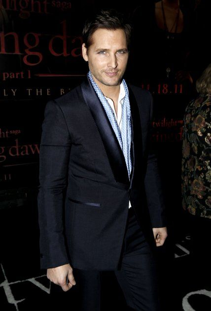rob's not the only attractive twilight actor (: