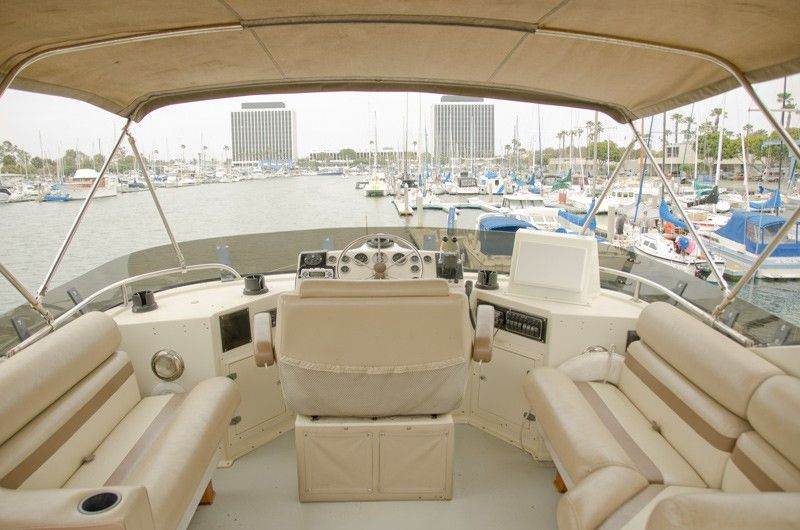 63 Yacht Like A Houseboat 3bd 2bath Kitchen Dining Homeaway Marina Del Rey House Boat House Rental Condo Rental