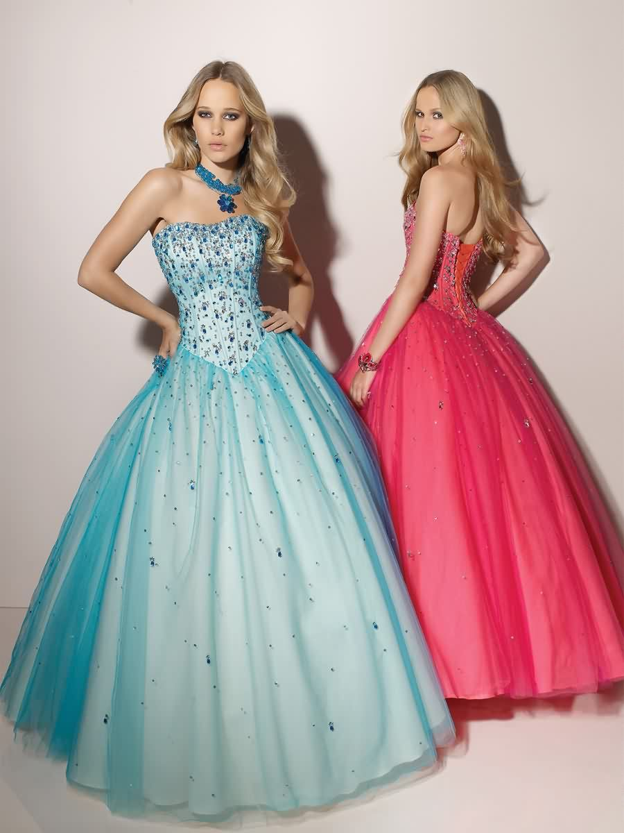Ball gown tulle strapless natural waist floorlength laceup