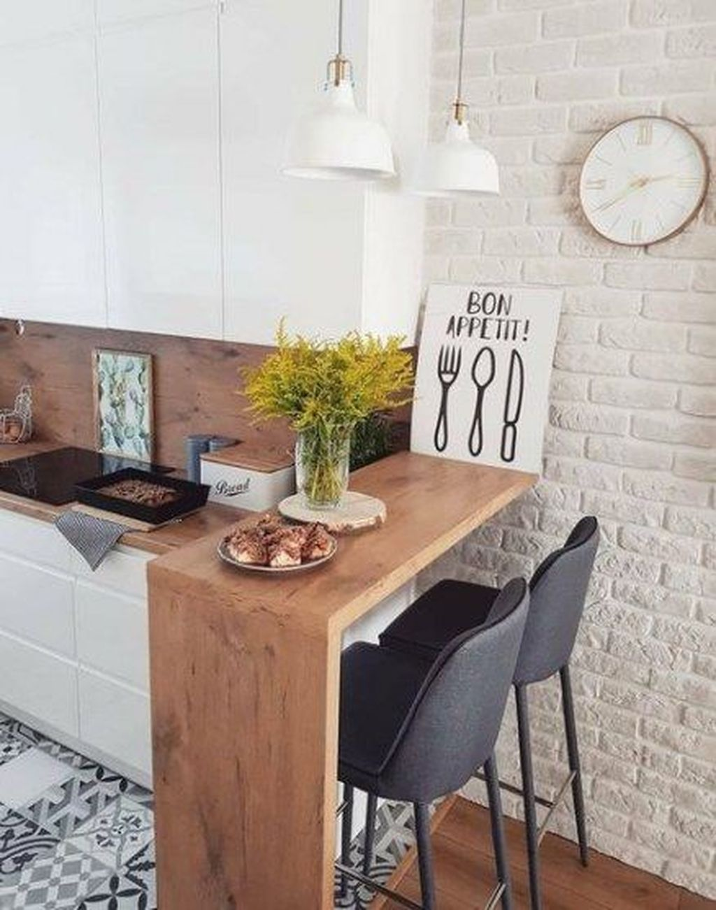 32 Popular Apartment Kitchen Design Ideas You Should Copy Pimphomee Very Small Kitchen Design Kitchen Design Kitchen Design Small