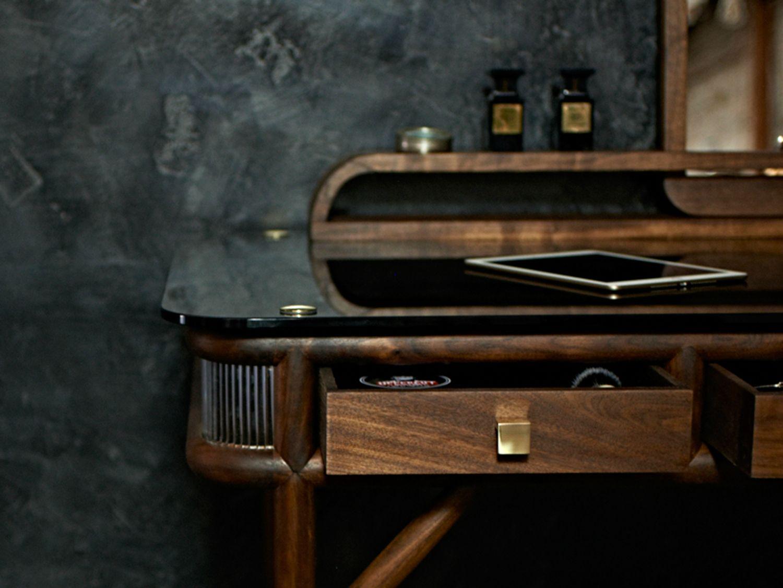 Modern Masculine Office Decor Ideas | wood | Pinterest