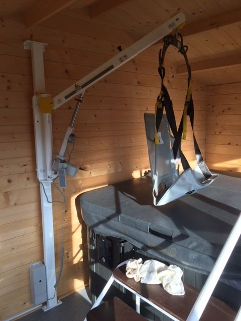 Hot tub hoist for disabled access | Pool Lifts | Pinterest | Hot ...