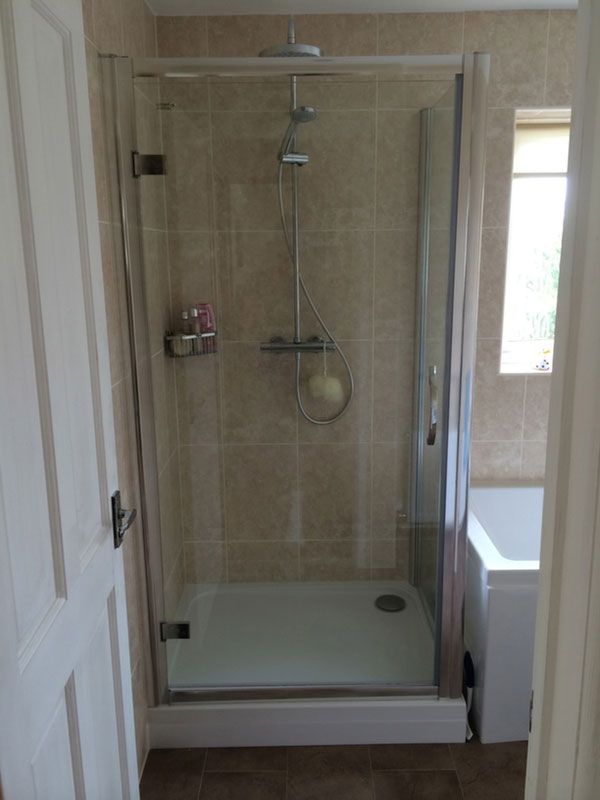 Large Shower Enclosure With Thermostatic Shower in a bathroom ...