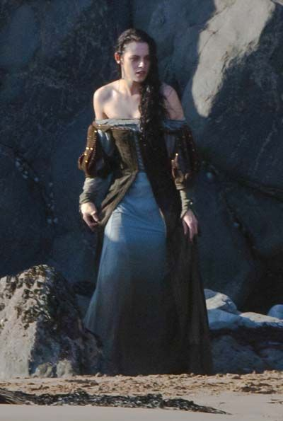 Costume Designer Colleen Atwood Talks Snow White And The Huntsman And Working With Johnny Depp In The Thin Man Colleen Atwood Snow White Huntsman Movie Costumes
