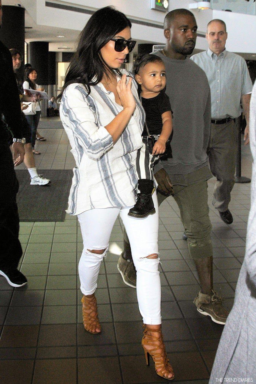 Kim Kardashian at LAX Airport in Los Angeles 2e31ed7dc0c9b