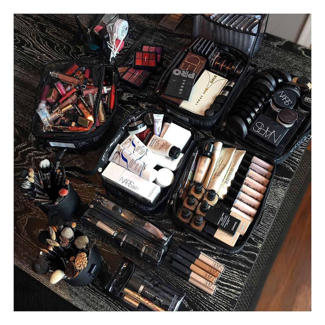 Idea by Annabelle on Beauty Products Makeup artist kit