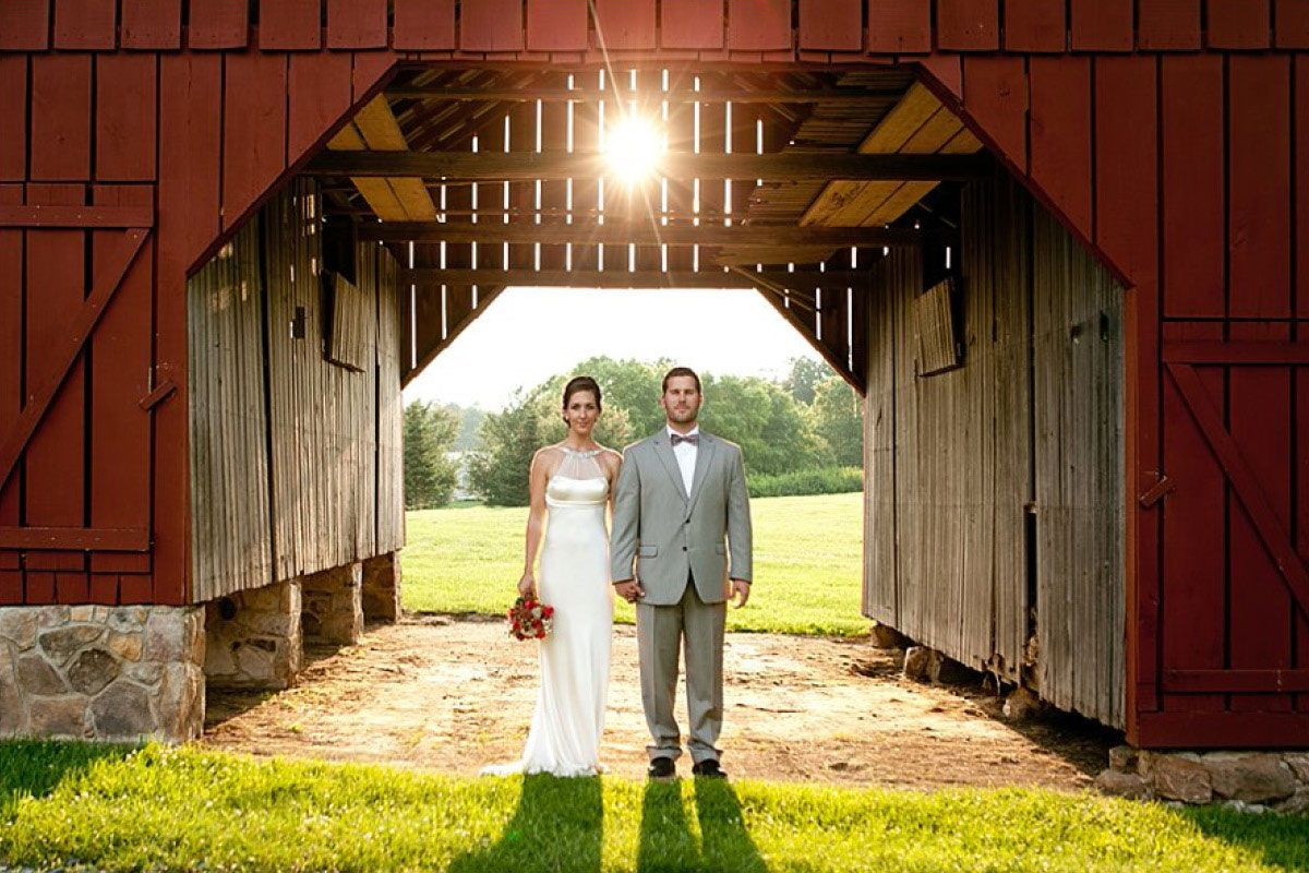 The Loft At Jacks Barn In Oxford Nj Is A Truly Enchanting Surprisingly Elegant Venue For Your Large Or Small Wedding Reception
