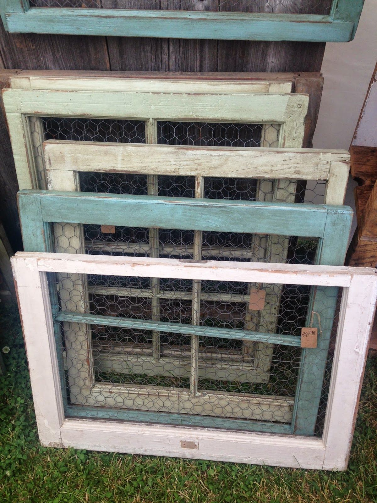 Chicken wire picture frames (hang photos with clothes pins for added ...