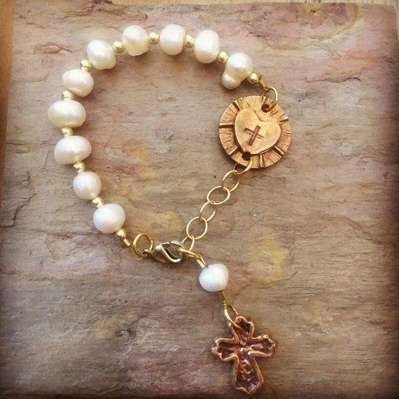 Rosary Bracelet, Rosary Jewelry, Catholic Jewelry, Rosary, Confirmation, catholic rosary, pearl rosa #rosaryjewelry