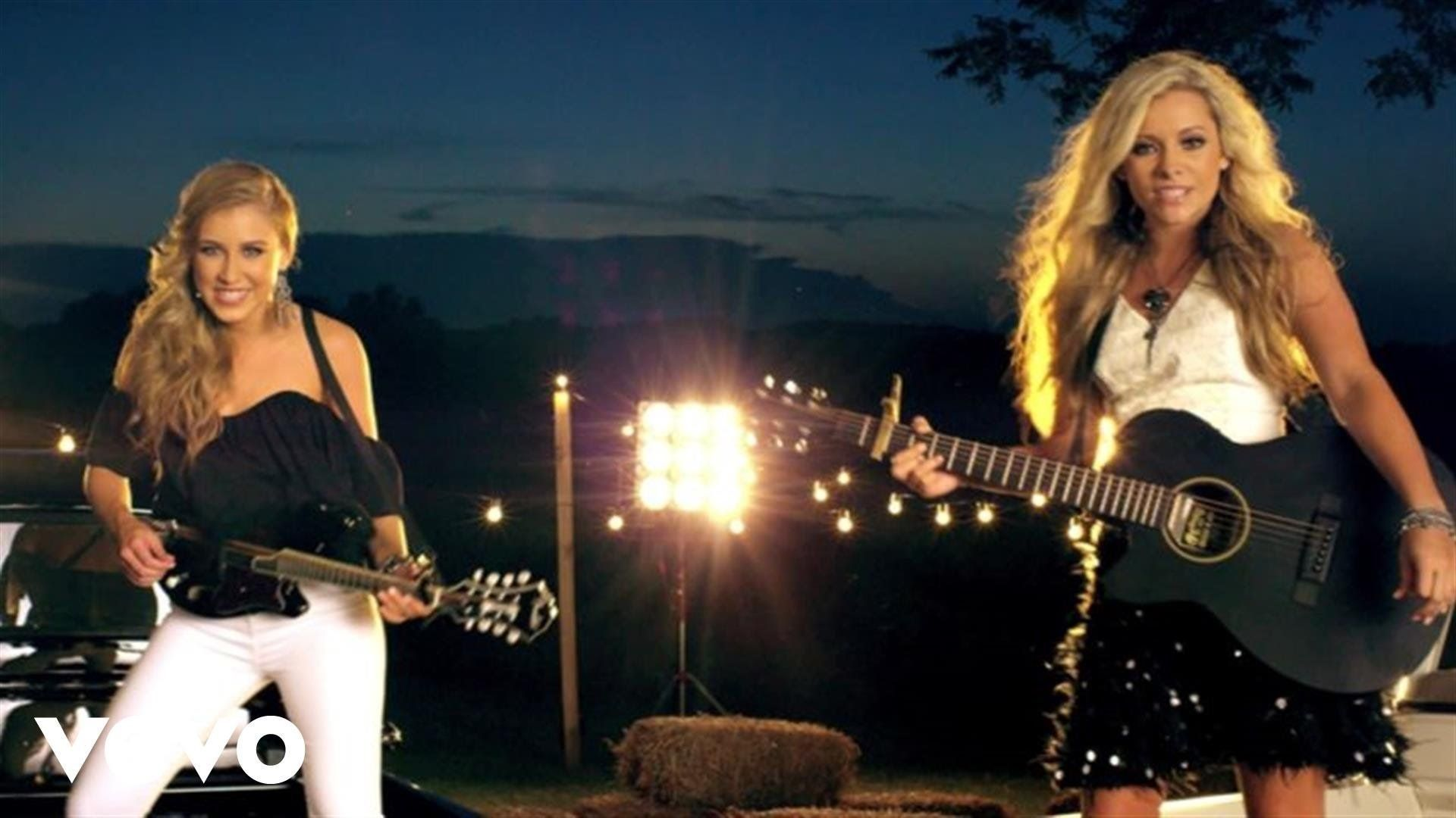 17 Country Songs With Feminist Messages Maddie Tae Country Songs Music Videos Vevo