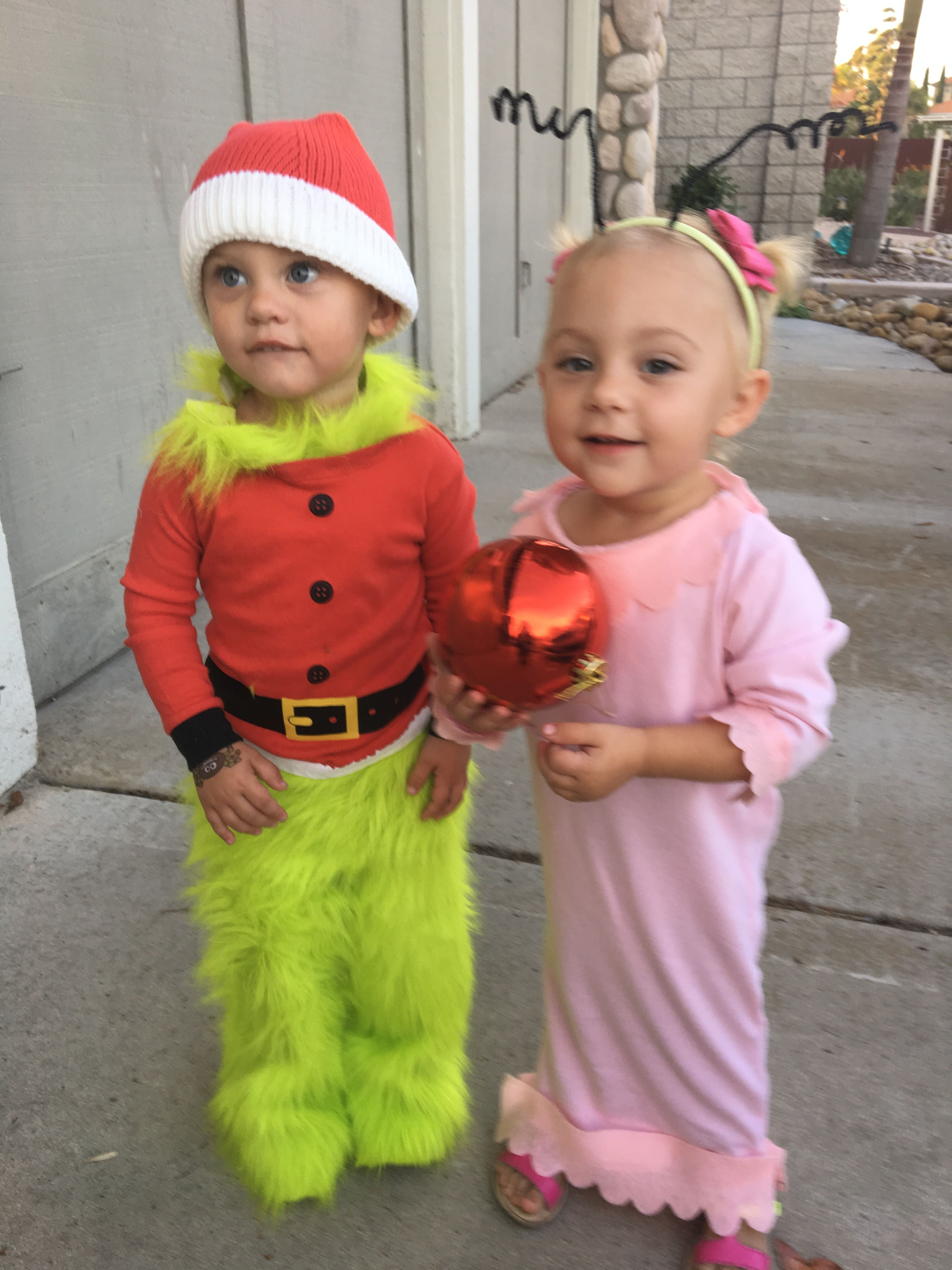 3b3fec679650 Grinch and Cindy Lou Who Halloween costumes! | Crafts | Christmas ...