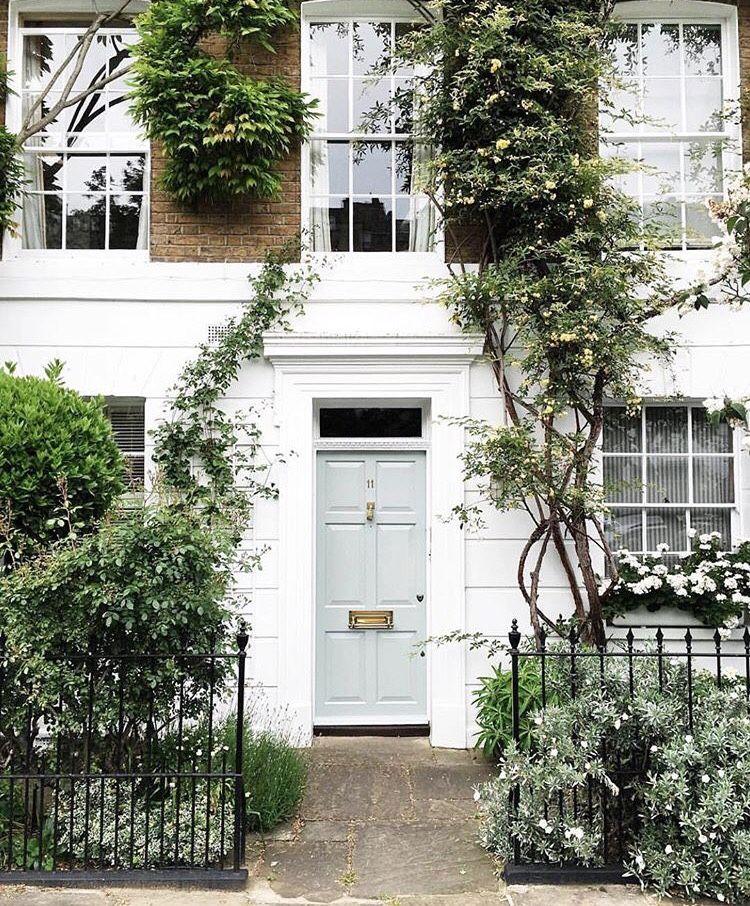 "London Apartments Exterior: Theglossiernerd: """"photo Credit Prettylittlelondon"