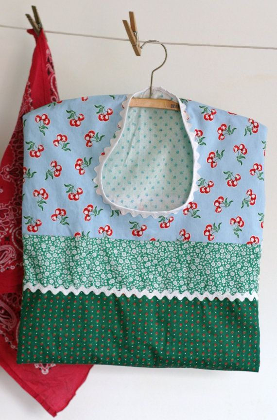 Clothespin Bag - Green & Blue with White Ric Rac - 1 of 11