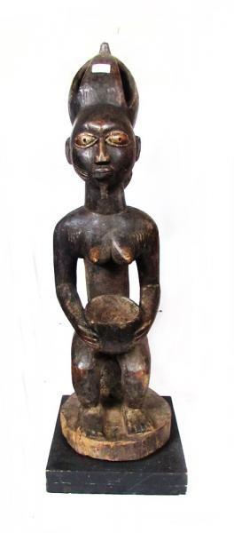 Arte africana: Maternidade, etnia Yoruba, escultura em ..