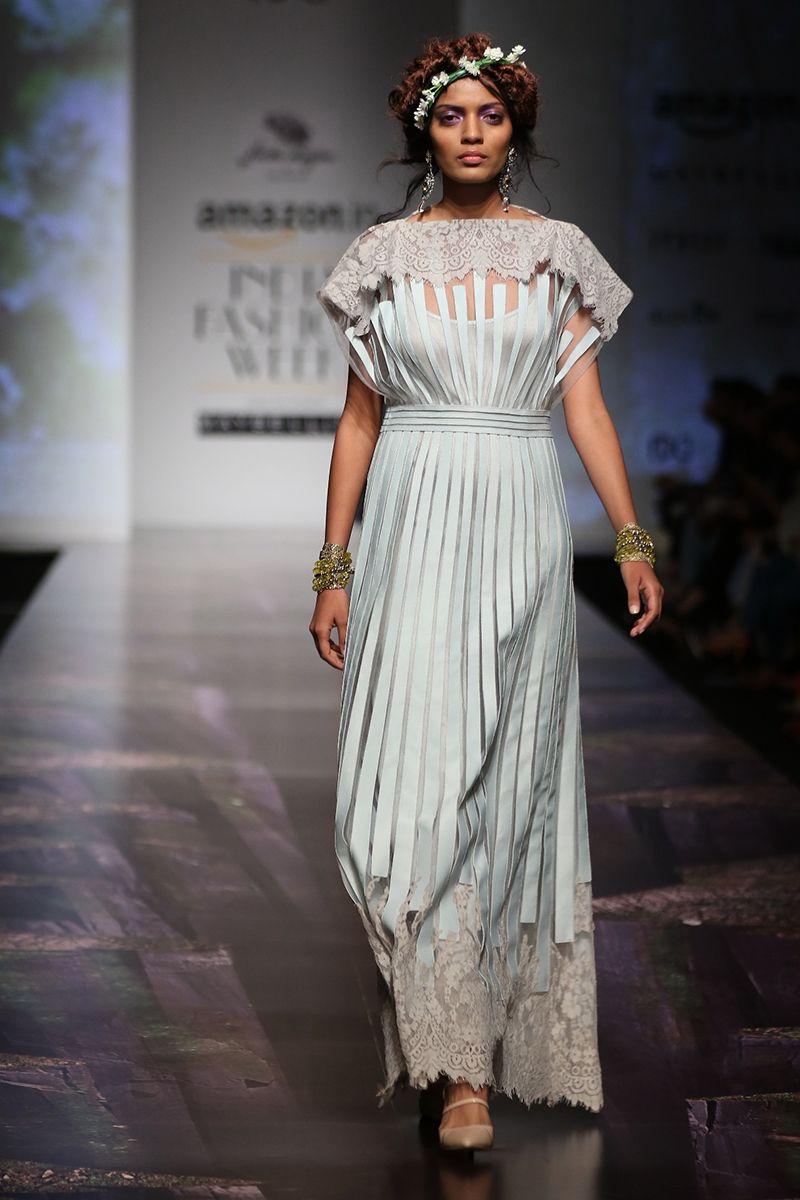 Fashion Design Council Of India Fdci Fashion Fashion Design Indian Fashion